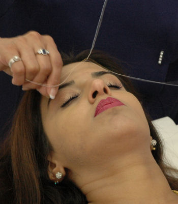threading-hair-removal21